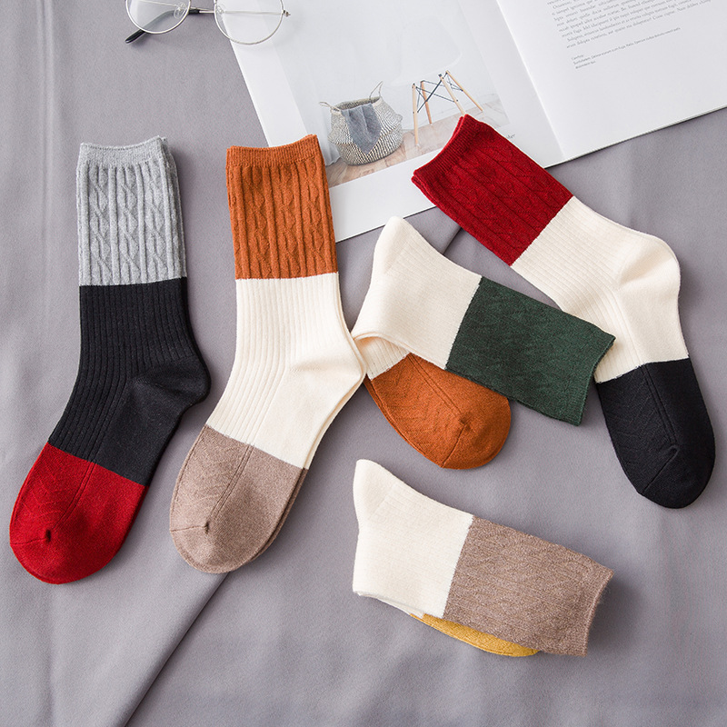 Winter New Women's Thick Warm Color Matching Stripes Fashion Casual High-end Wool Socks Harajuku Vintage Cotton Socks