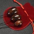 Bola 3 pcs saúde Mogno Natural Ovos Yoni Jade Massager do Corpo ovos para As Mulheres Vagina Compacto como Saco de Presentes Com uma Bênção
