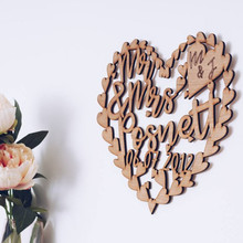 Personalized Wooden Wedding Gifts, Custom Mr&Mrs Last Name Wedding Party Wooden Favors Decoration Supplies