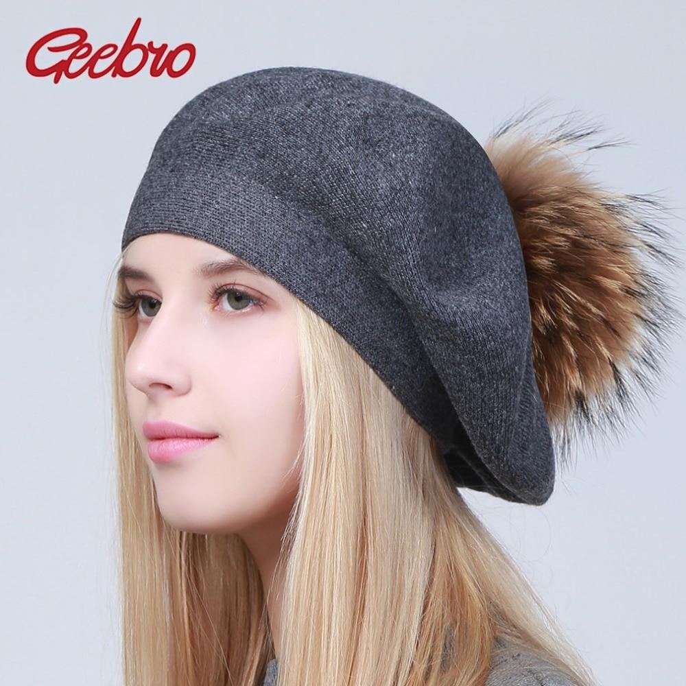 Geebro Mulheres Boinas Chapéu do Inverno Casual Malha De Lã Boinas Com  Natural Raccoon Fur Pompom 8e617ca22dd