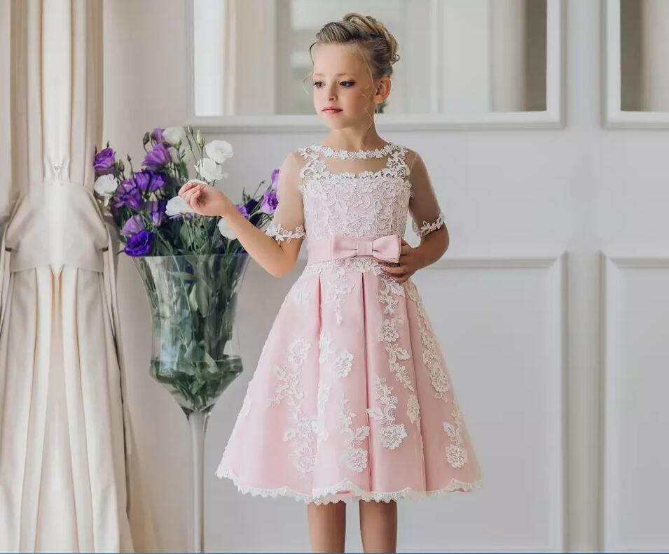 Pretty Scoop Neck Half Sleeve Flower Girl Dresses Custom Made Button Back Lace Knee-length Girls Pageant Dresses Kids Birthday