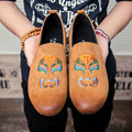 AD Acolorday Тенденция 2017 Известный Китайской Живописи Маска Мужчины Обувь весна Случайные Кожаные Ботинки Мужчины Мокасины Бархат Скольжения на Мужской обувь