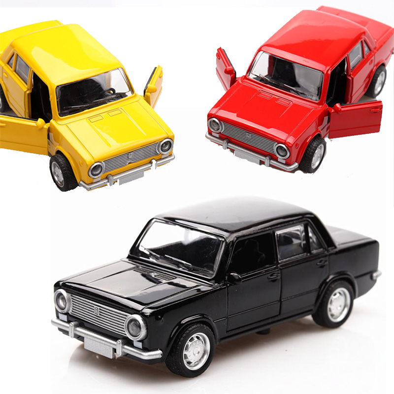 High Simulation LADA 1:36 Alloy  Car Model  Russian  Diecast  Vintage Metal Car Castings Collection Classic  Model Toys V033