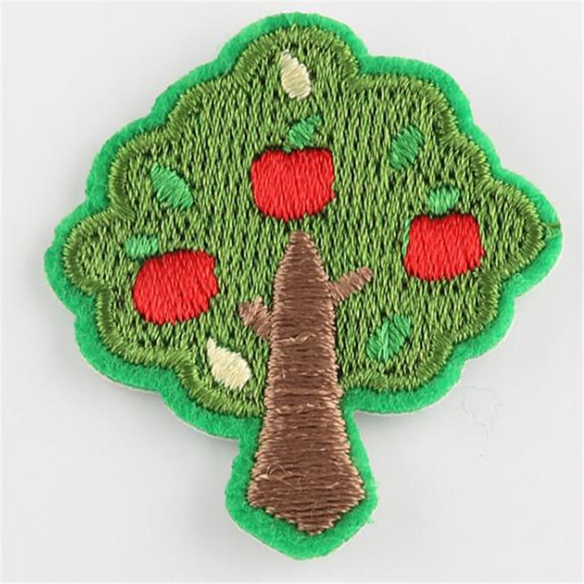 Girls clothes baby Badge embroidery patch apple tree deal with it T shirt women iron on patches for clothing cute stickers Badge