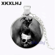 XKXLHJ Creepy Bat on Skull Pendant Choker Statement Silver Necklace For Women Dress Accessories Vintage Photo Jewelry