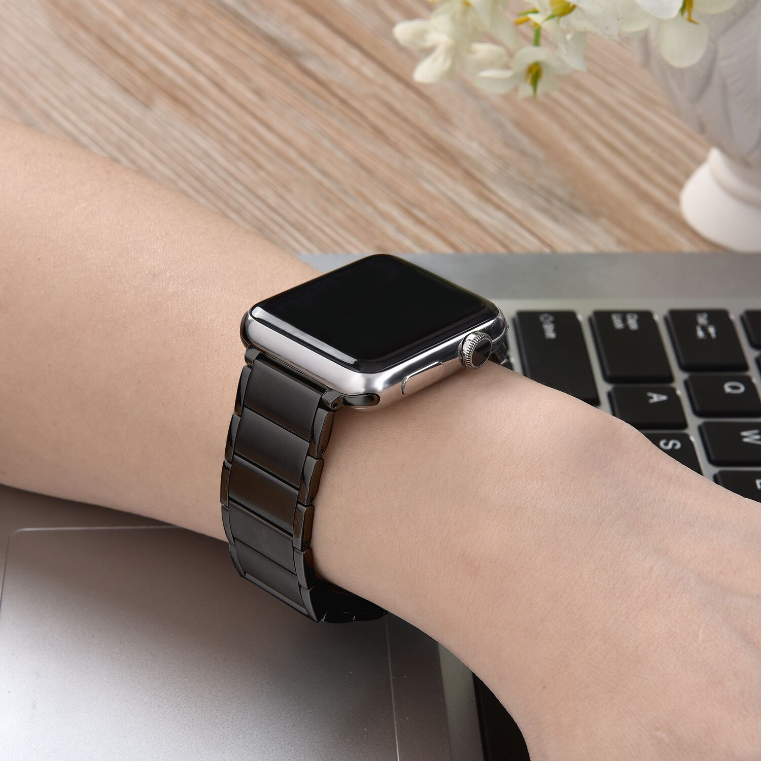 Image 2 - Stainless Steel Strap for apple watch band 38/42mm Metal Link Bracelet watch Strap for apple watch 4 band 40mm Series 1 2 3 44mm-in Watchbands from Watches