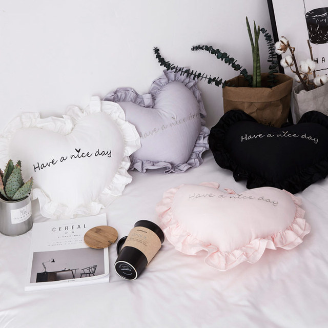 New 100% Cotton Heart Shape Pillow