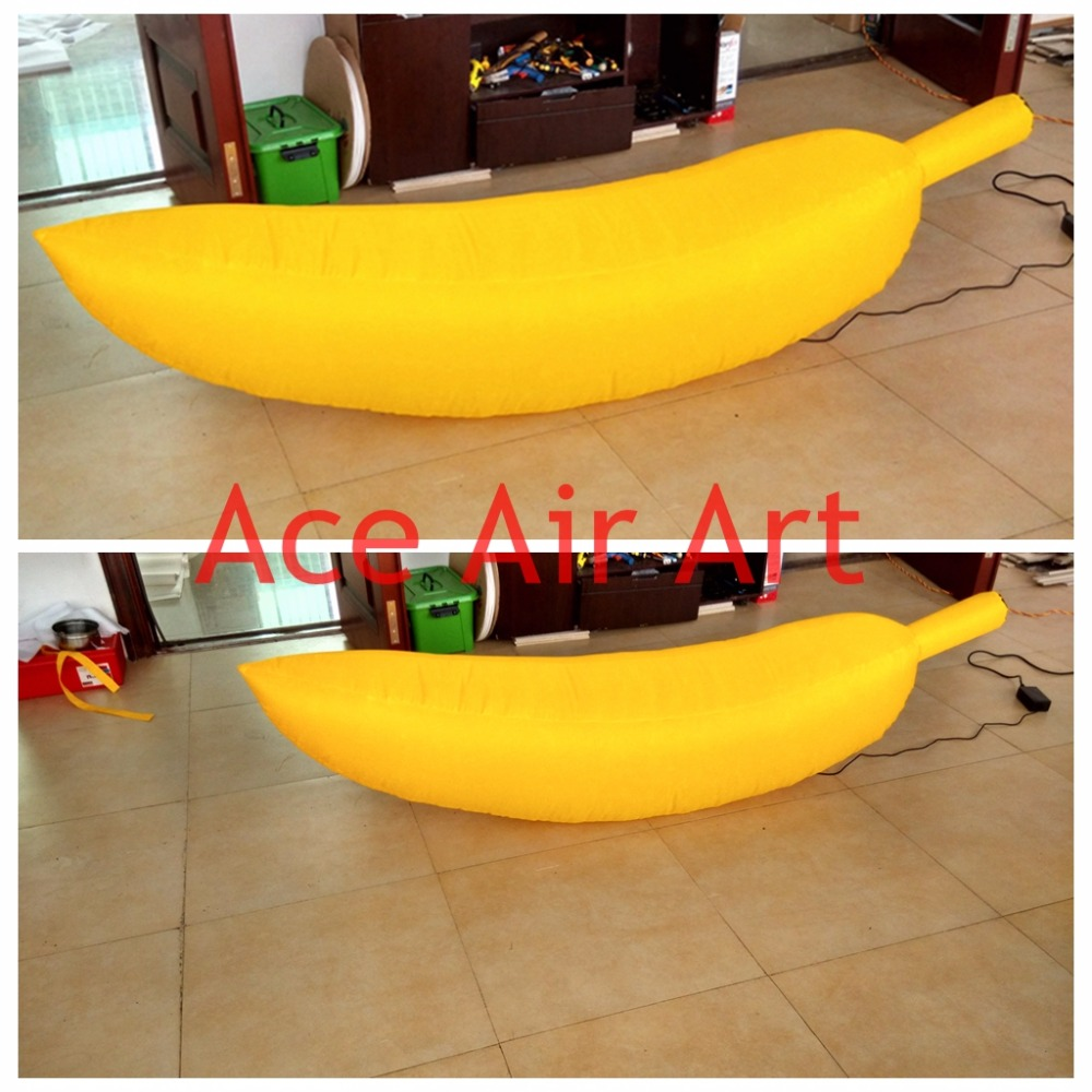 giant inflatable Banana for event decoration