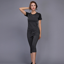 New Women Running Set Jogging Clothes Gym Workout Fitness Training Yoga Sports T-shirts+pants Clothing Suit