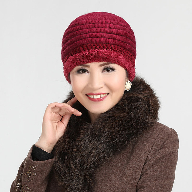 Winter Thick Warm Hats for Older Women Wool Knitted Skullies   Beanies  Outdoor Casual Caps with Lining Thick Warm Solid Color f2f2910afe2