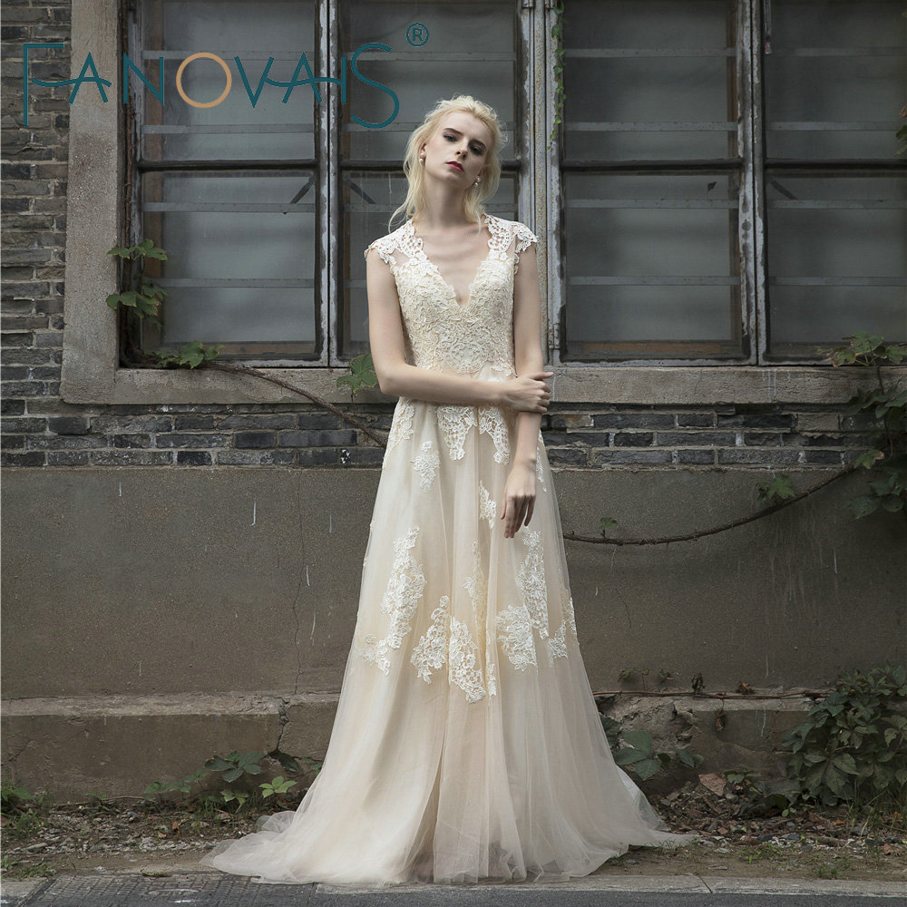 2018 Vintage Lace Wedding Dress Plus Size Short sleeves Long Wedding ...