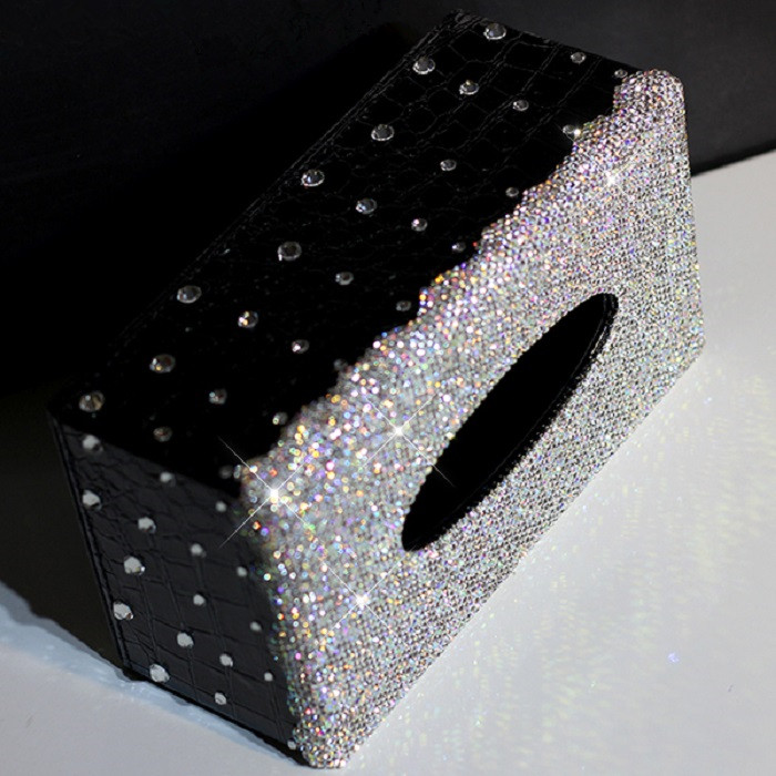 Luxury White Crystal Leather Car Tissue Box Bling Diamond Decorative Auto Tissue Paper Towel Box for Europe Car
