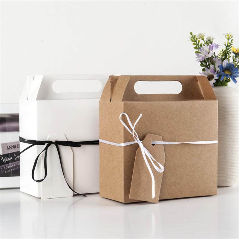 50PCS Large Kraft Paper Boxes Candy Box Wedding Favors Gift with ribbon Sweet Favour Holder Party
