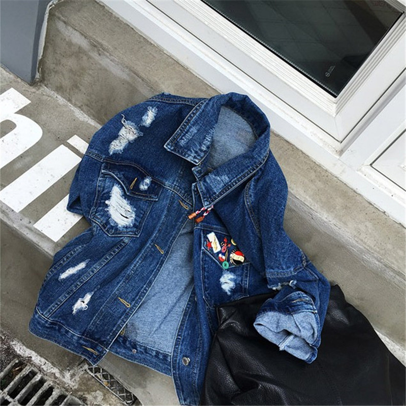 RUGOD 2018 Vintage Fashion Wash Water Denim Jacket badge Loose BF Denim Coat Hole Female Outerwear Plus Size Chaquetas Mujer 5