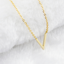 Women Simple Chevron V Shaped Necklace Stainless Steel Initial Letter Alphabet Necklace Charms Gold Silver Color Chain Best Gift