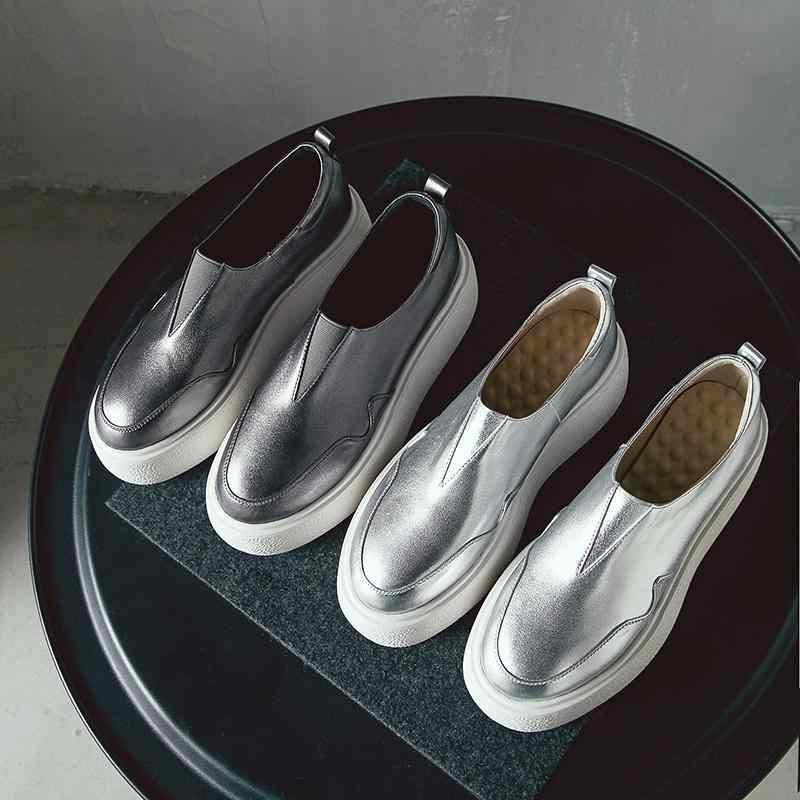 2019 hakiki deri yuvarlak ayak üzerinde kayma kalın alt ayakkabı artan katı zarif platformu rahat kadın vulkanize ayakkabı L0f6