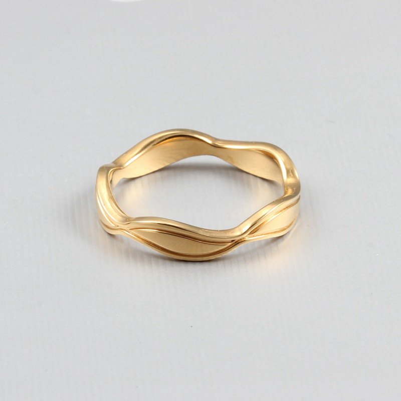 Stainless Steel Couples Rings for Men Women Gold Wedding Bands Engagement Anniversary Lovers his and hers promise Ring VR318
