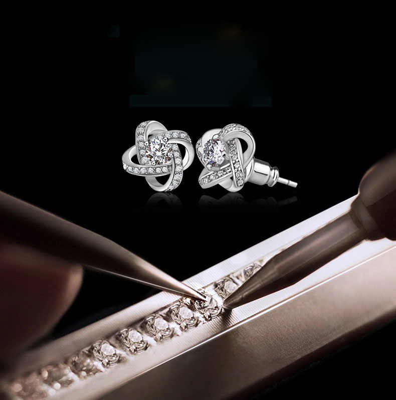 925 Sterling Silver Crystal Stud Earrings For Women Fashion Luxury Cubic Zirconia Paved Wedding Earring Jewelry Accessory