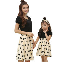 160b84ff0857d Mother Daughter Dresses Family Matching Outfits 2018 Summer Mom Girls Dress  Love Heart Girls Women Dresses