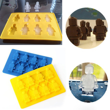 2016 High Quality 8 Holes Silicone Ice Cube Mold Yellow Blue Figure Design Tray Jelly Dessert Candy Maker Robot Ice Cream Tools