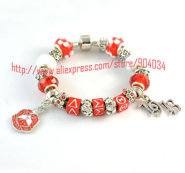 Newest Delta Sigma Theta Sorority  Bracelet read dst bead  1913 charm  bracelet