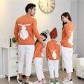 Семья Соответствующие Наряды Свитера Мама и Я Рождественские Пижамы Мать Отец Ребенка Соответствия Одежды Семья Посмотрите Кролик Шаблон