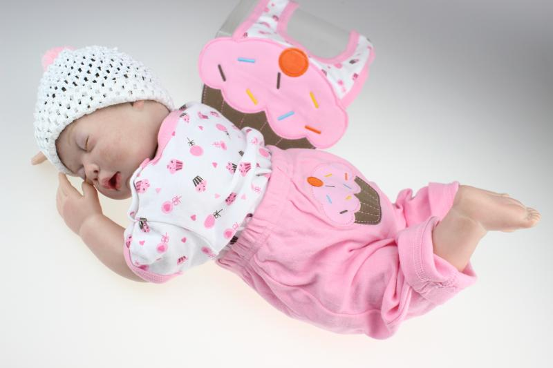 50cm Silicone Baby Reborn Dolls Kid's Gifts Toys Brinquedos Baby Photographed Dolls Movie Doll Props Baby Sleeping Toys hot sale toys 45cm pelucia hello kitty dolls toys for children girl gift baby toys plush classic toys brinquedos valentine gifts