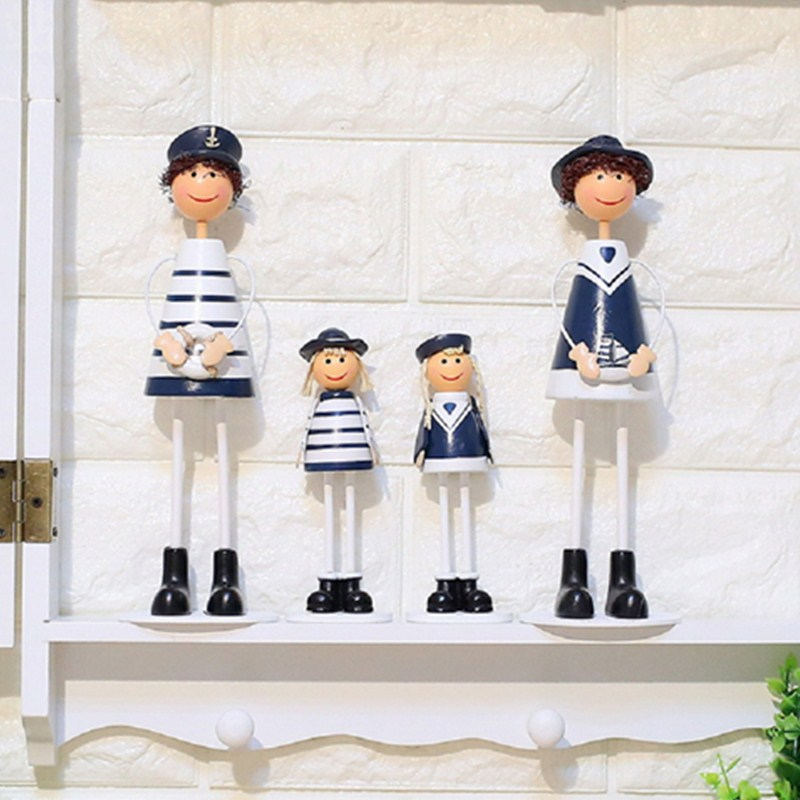 New Sweetty Family Chair Figurines Cute Hanging Doll Ornaments Creative Resin Crafts Home Decoration for TV Cabinet Living Room
