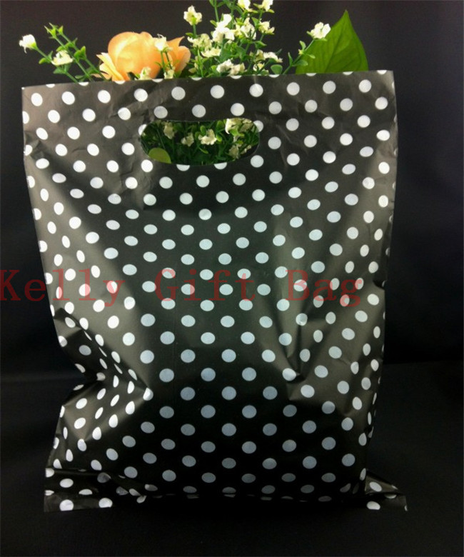 100pcs/lot 25x35cm Round Dots Black Big Plastic Jewelry Packaging Bag With Handle Favor Boutique Gift Packing Plastic Bags