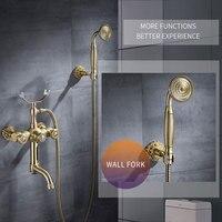 Смеситель для ванной комнаты Роскошные золотистыми латунными зубцами и Ванная комната смеситель настенный ручной Насадки для душа комплек