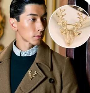 European and American vintage jewelry brooch Peacebird horned elk deer head deer brooch men and women free shipping