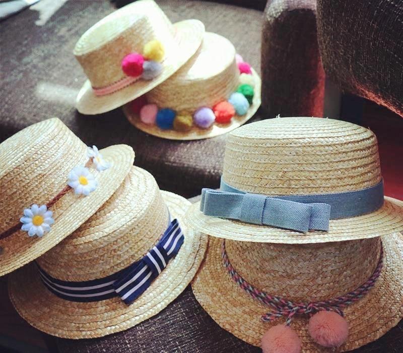 d60eaa69b31 Gros soleil plat de paille chapeau canotier filles arc d été Chapeaux Pour  Femmes Plage plat panama chapeau de paille chapeau femme 48 52 54 58cm dans  ...