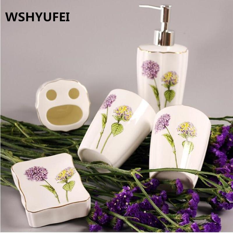 Luxe lavendertoilette céramique salle de bain accessoire ensemble liquide bouteille tasses porte-brosse à dents distributeur de savon salle de bain décoration