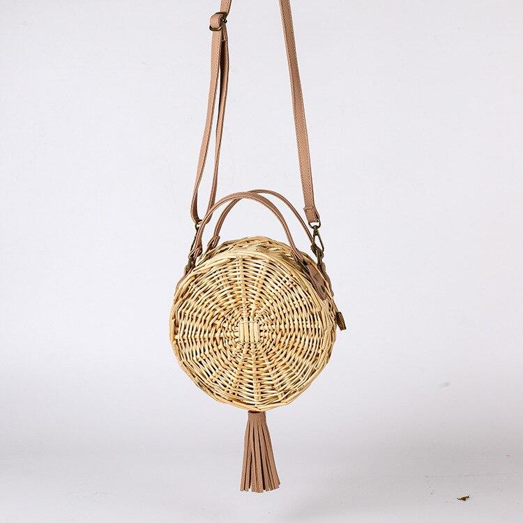 Round straw woven bag, summer quarter, fake wind beach woven bag, Korean version, straw one shoulder shoulder bag. woven design straw flat sandals