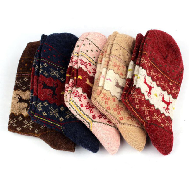 Christmas Deer Moose Design Casual Warm Winter Knit Wool Female Socks Christmas Decoration Supplies