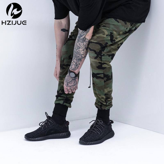2017  HZIJUE TOP NEW style Kanye oversized men's camouflage pants hiphop army green pants Casual cotton harem pants
