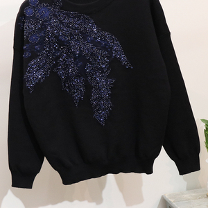 Image 4 - 2020 Autumn Women Embroidered Sequins Flower Long Sleeve Sweaters Casual Pants Two Piece Student Knitted Tracksuit Ladies D1289