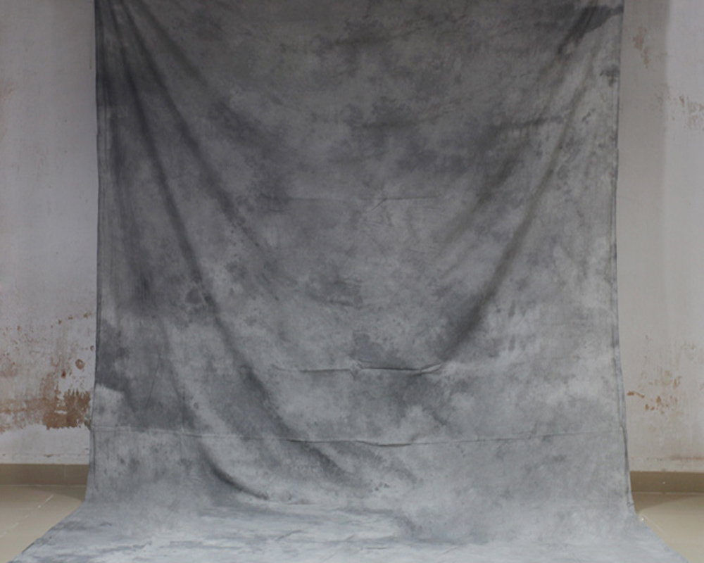 купить Hand Dyed Light Grey Muslin Photo Backdrop Cotton Hand Painted Background Glare-Free Photography Studio Screen 7x10ft XY-04 по цене 2132.95 рублей