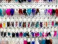 Atacado 120 pairs estilo misto brincos de penas mulher balançar-se brincos de charme jóias acessórios