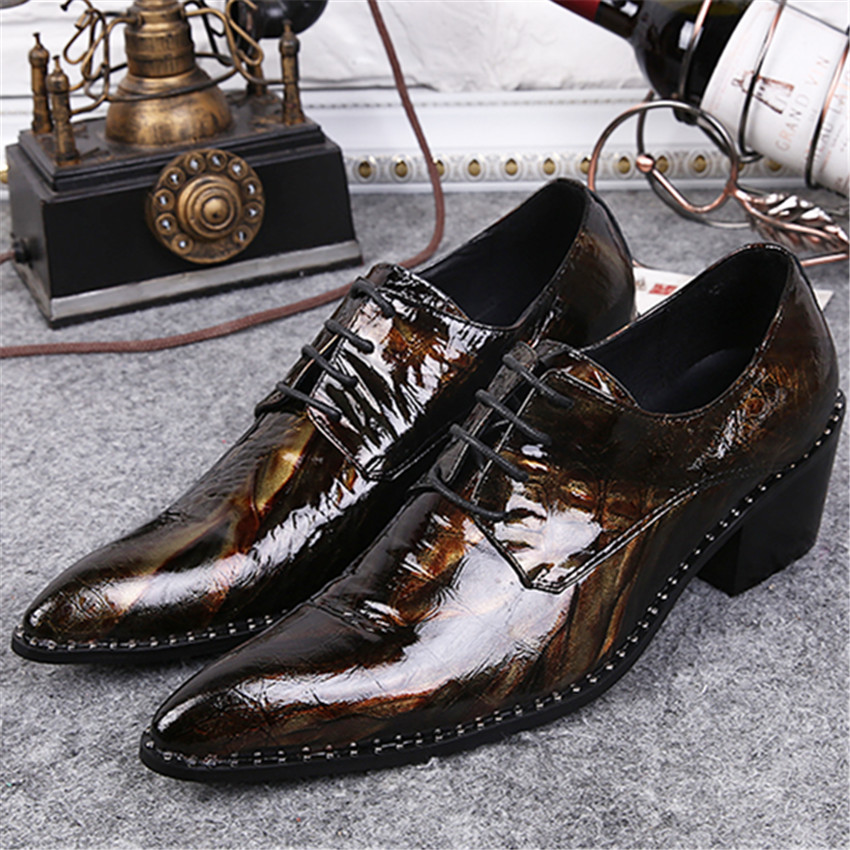 Fashion Pointed Toe Men Patent Leather Oxfords Brown Lace Up Mens Wedding Dress Shoes Business Leather Shoes Man Creepers fashion pointed toe men patent leather oxfords brown lace up mens wedding dress shoes business leather shoes man creepers