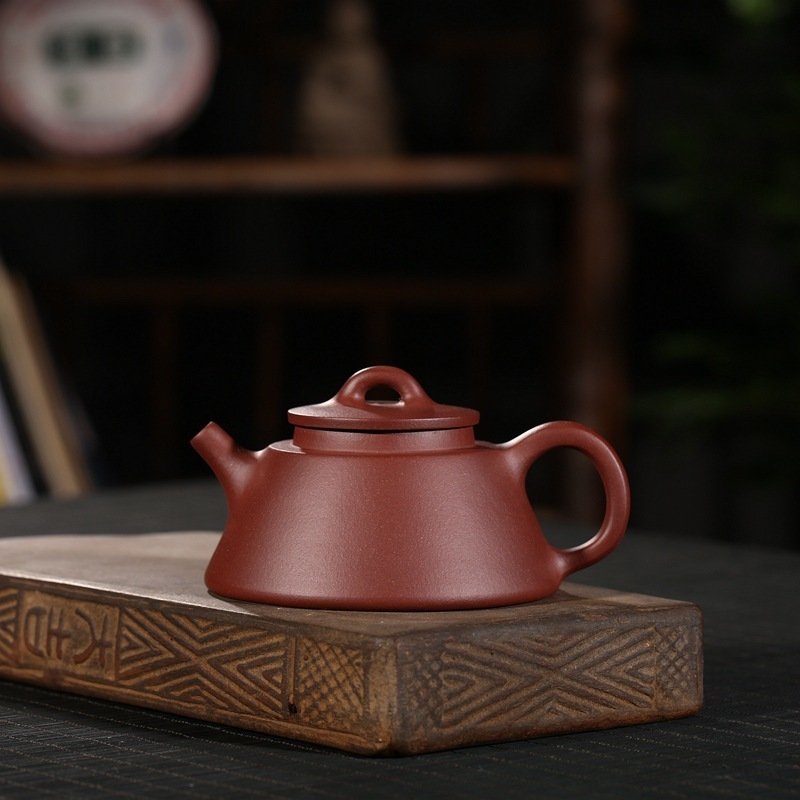 are recommended wholesale manufacturer provides straightly undressed ore old purple clay teapot fish jar pot of giftsare recommended wholesale manufacturer provides straightly undressed ore old purple clay teapot fish jar pot of gifts