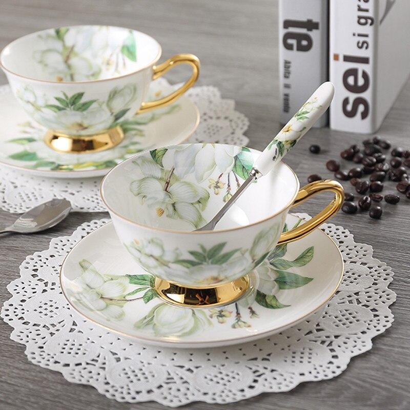 Hueso taza de café de China taza de té de cerámica cuchara en conjunto creativo porcelana espresso taza para regalo 200 ml, vasos de fiesta