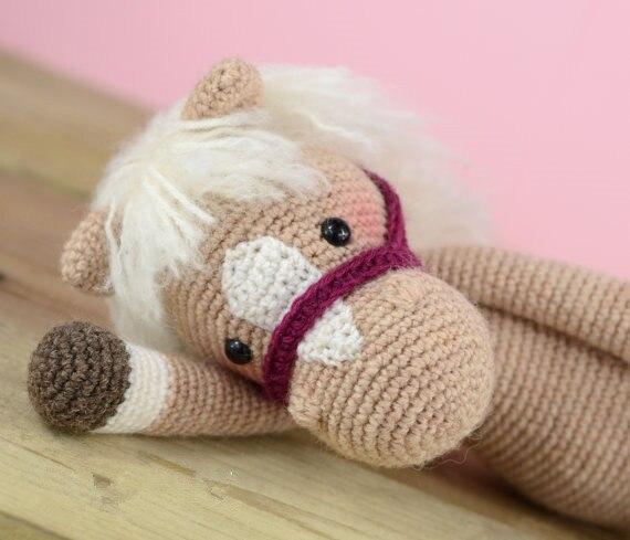 Gehaakte Paard baby rammelaar speelgoed pop gift 1