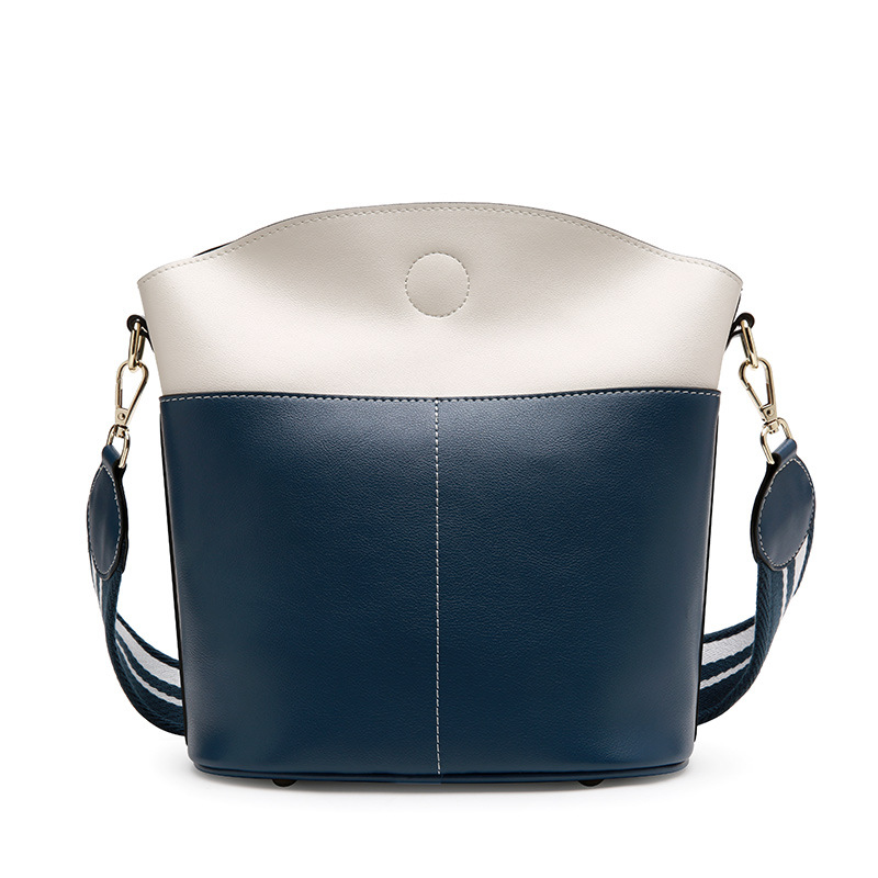 Luxury Designer Women's Bucket Bag Genuine Leather Lady's Shoulder Bag Match Color Large Capacity Handbag Europe Fashion gorden yi de luxury brand designer bucket bag women leather wide strap shoulder bag handbag large capacity crossbody bag color 8