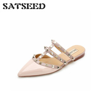2019 Spring New Rivet Tip Flat Bottom Baotou Slippers Willow Nail Big Code Flat and Outside Wear Half drag Lazy Women's Shoes