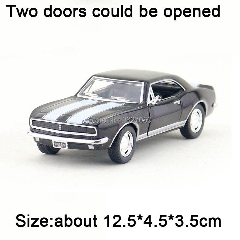 Collectible Liga Diecast Escala 1:37 Chevrolet Camaro 1967 Z28 Modelo Diecast Metal Puxar Para Trás Do Carro brinquedos para Meninos Presente