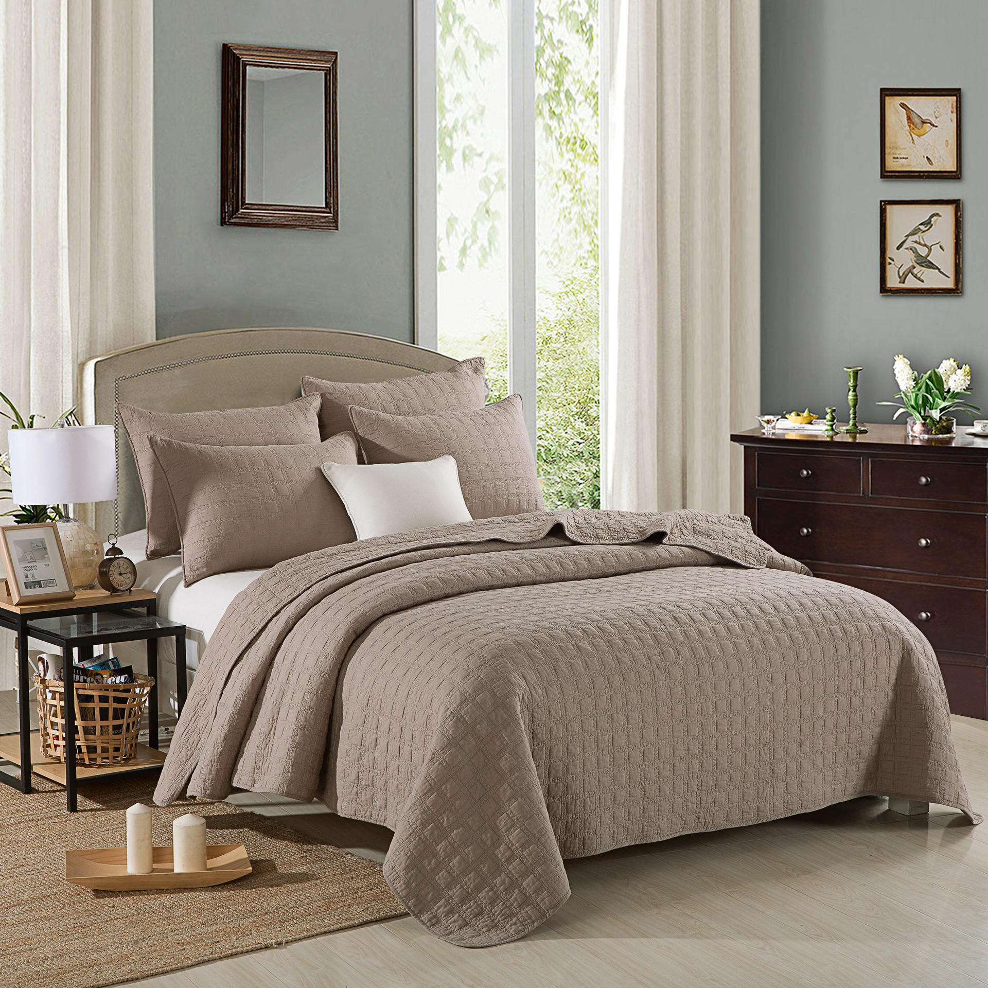 FAMVOTAR Luxury 3 Piece Quilted Bedspread Coverlet Set Square Patterned all season 100 Cotton Bedspread Coffee