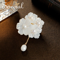 Special Fashion Natural Pearls Brooches Pins Sea Shell Brooches Bouquet Pendants Wedding Flower Jewelry Gifts for Women S1713B