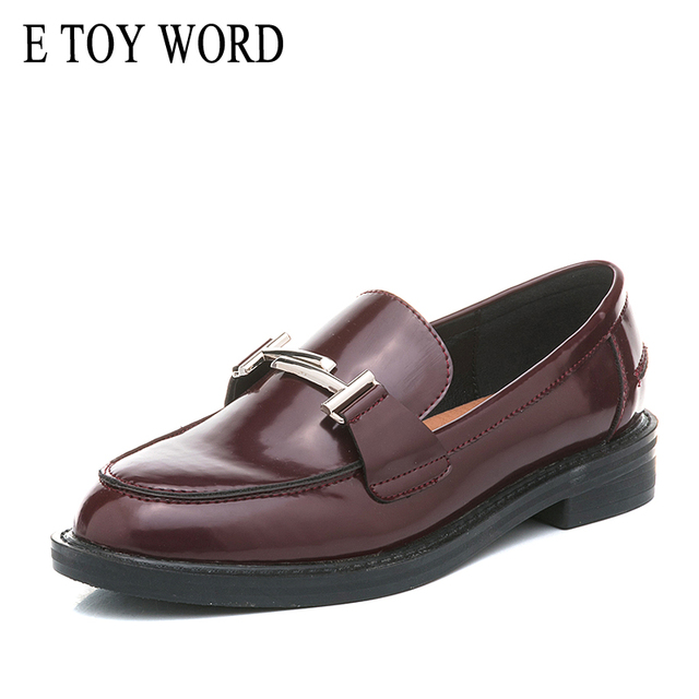 E TOY WORD ballet dancers Moccasin oxfords Women Top Brand flats Round Toe Metal Decoration patent leather shoes woman