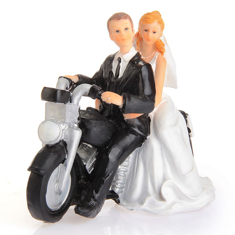 2016 New Arrival Bride And Groom Wedding Cake Toppers Motorcycle Get Away Couple Figurine Resin Dolls Decoration In Decorating Supplies